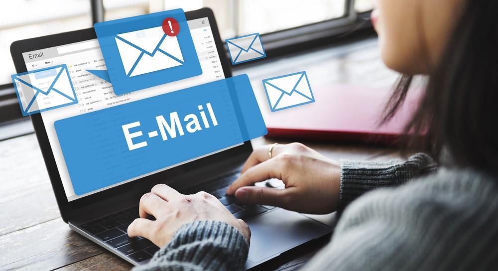 Change-GST-Email