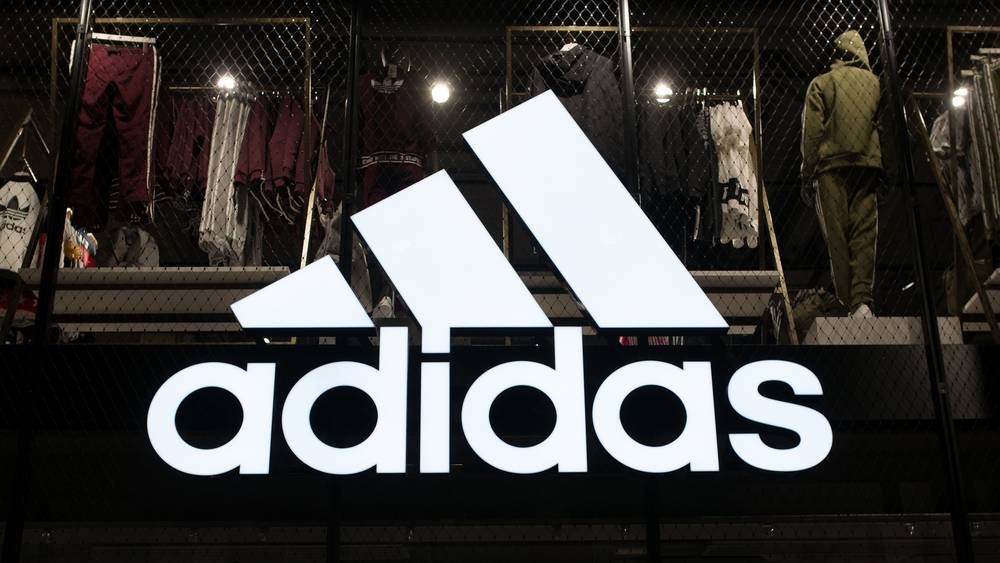 best sneakers adff6 bf6f3 Adidas Franchise