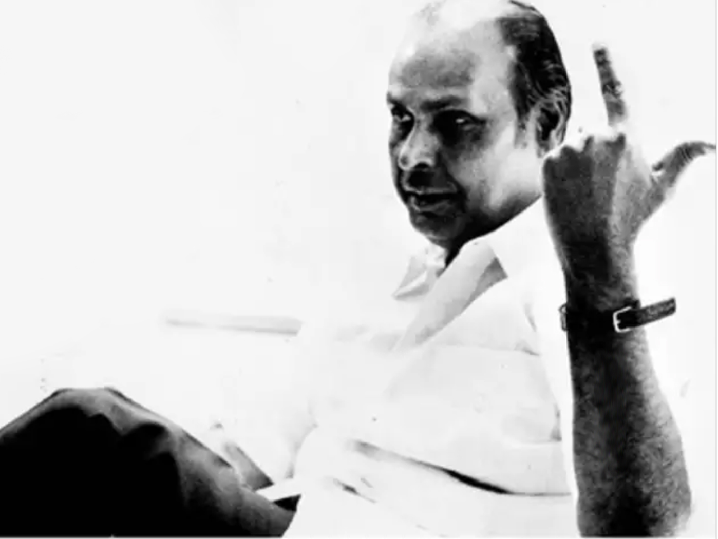 Dhirubhai Ambani Old Photo